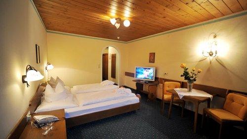 Standard Doppelzimmer2